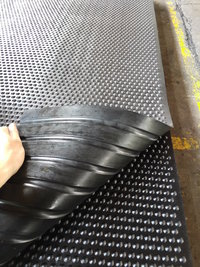 dot_stud_rubber Mats